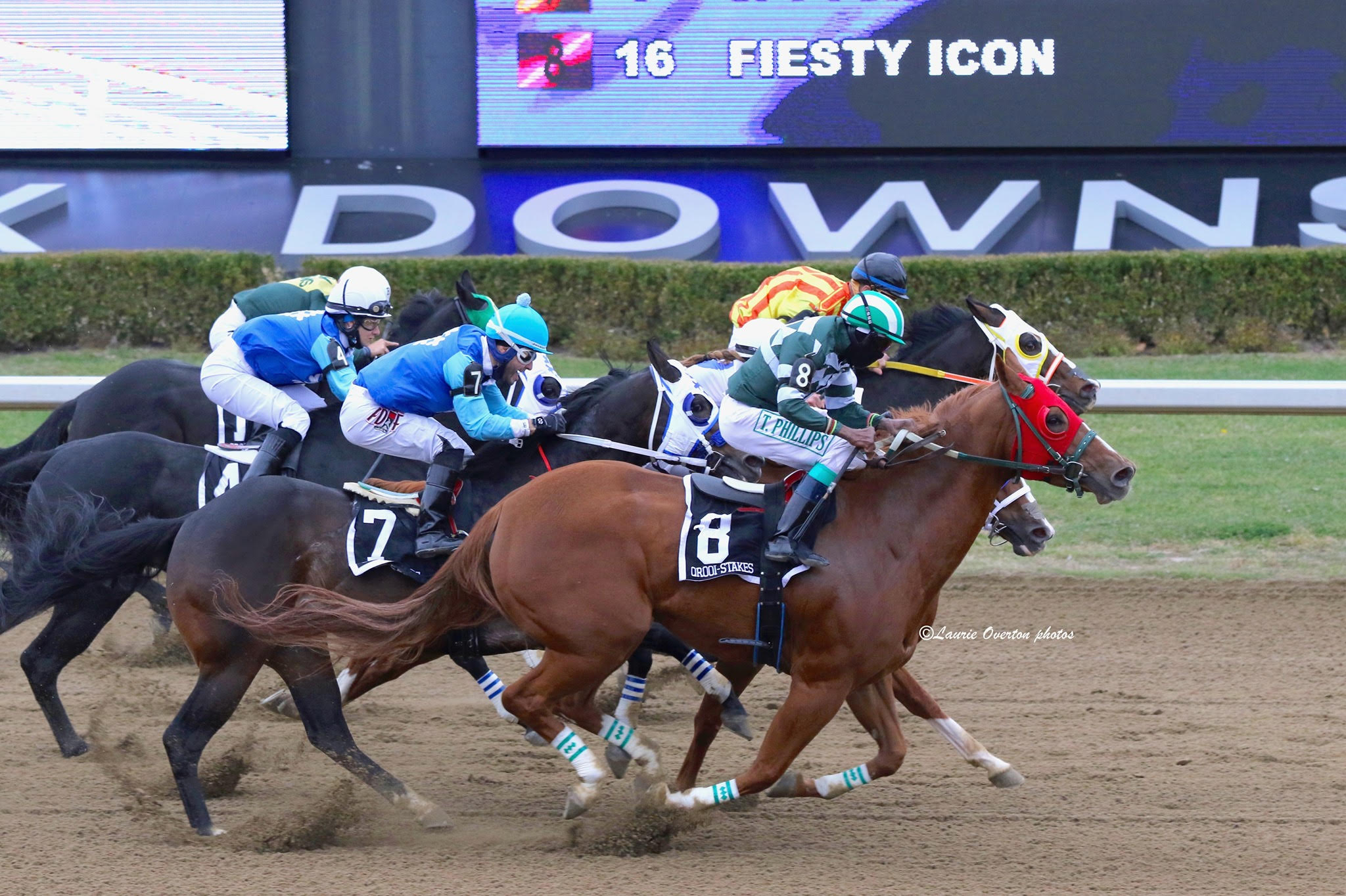 Fiesty Icon Upsets Country Boy 123 in $54,650 Alex Picov Memorial Championship