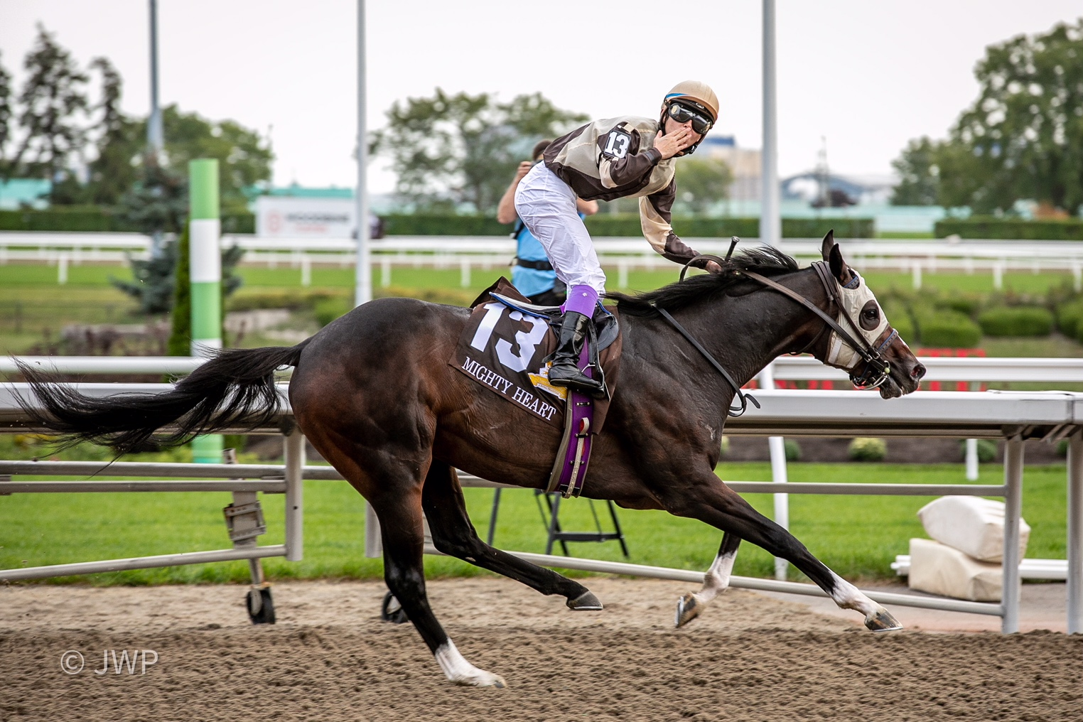 One-eyed Mighty Heart mighty in Queen's Plate triumph, Carroll finishes one-two